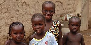 Enfants malnutris en Afrique